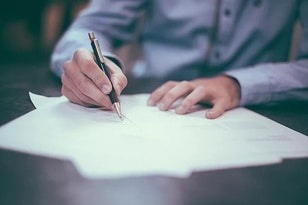 Why Choose a Lawyer Who Specializes in Estate Planning?